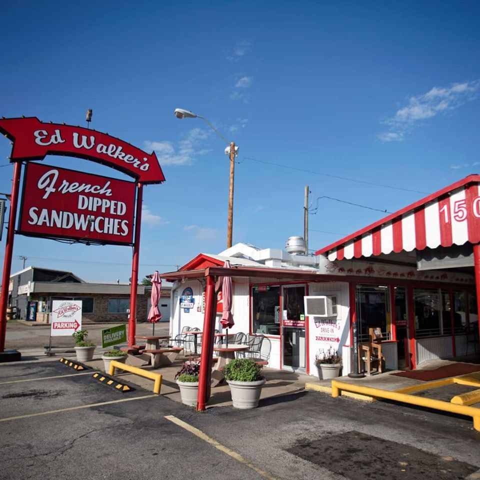 Ed Walkers Drive-In & Restaurant Picture 4